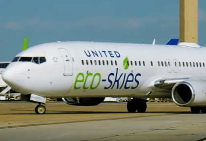 United: First US Airline to pledge emissions reduction by 50 percent