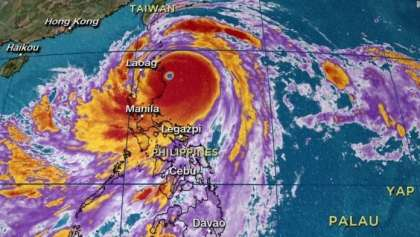 Philippines under Attack by Super Typhoon Mangkhut