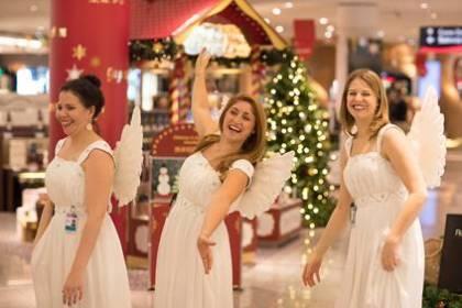 Christmas Spirit Comes to Frankfurt Airport: