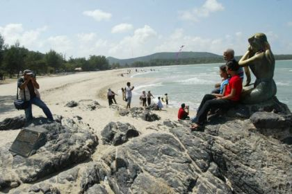 Bombs exploded at popular tourist beach in Thailand: No casualties