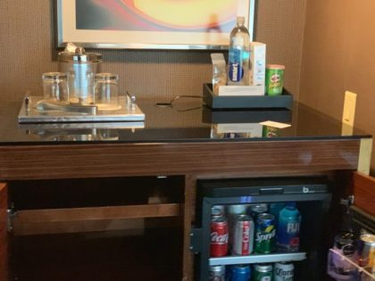 MGM Resort Las Vegas Visitor Warning: Don't drink the Smart Water !
