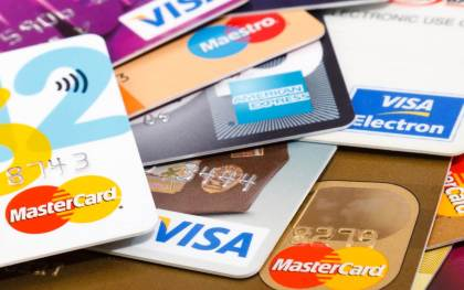 Top 5 Credit Cards in the UAE for Travel Perks