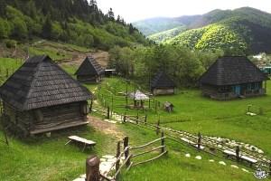 Колочава тури по Україні