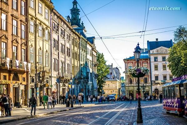 Екскурсія ВУЛИЦЯМИ ДРЕВНЬОГО ЛЬВОВА / Экскурсия улицами древнего ЛЬВОВА