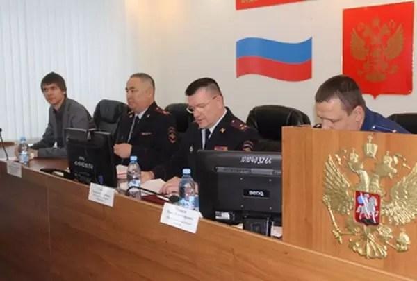 Полицейские Нефтеюганска подвели итоги оперативно-служебной деятельности за 2016 год