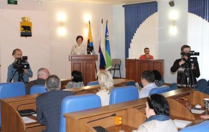 Общественники Нефтеюганска выступили за предоставление многодетным семьям льготного проезда в общественном транспорте.
