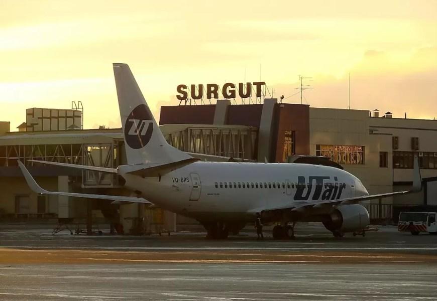 Самолет Utair не смог вылететь из Сургута после жалоб пассажиров на гарь