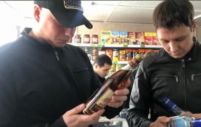 Полицейские Нефтеюганска и общественники провели торговые алкоточки