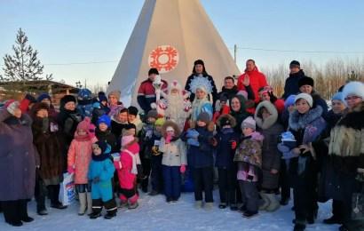 Праздник «Чумовая ёлка» для детей прошёл в этноцентре Нефтеюганска.