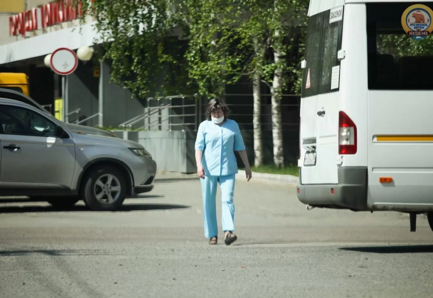 В Югре жители получат медицинские маски безвозмездно