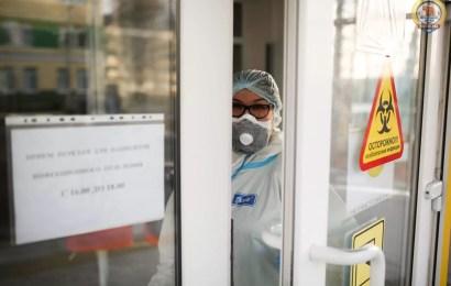 Роспотребнадзор ожидает на пике не более 20 тыс. случаев COVID-19 в день