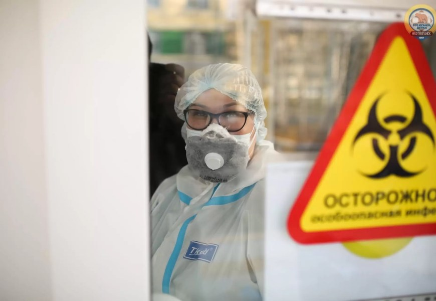 Жители Югры запустили акцию в поддержку медиков «Просто скажи: СПАСИБО!»
