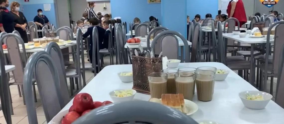 Из меню детских садов Югры изъяли колбасу