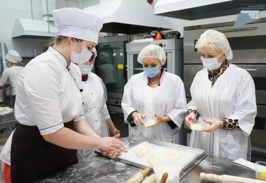 В Югре на поддержку малого и среднего бизнеса направили больше 2 миллиардов рублей