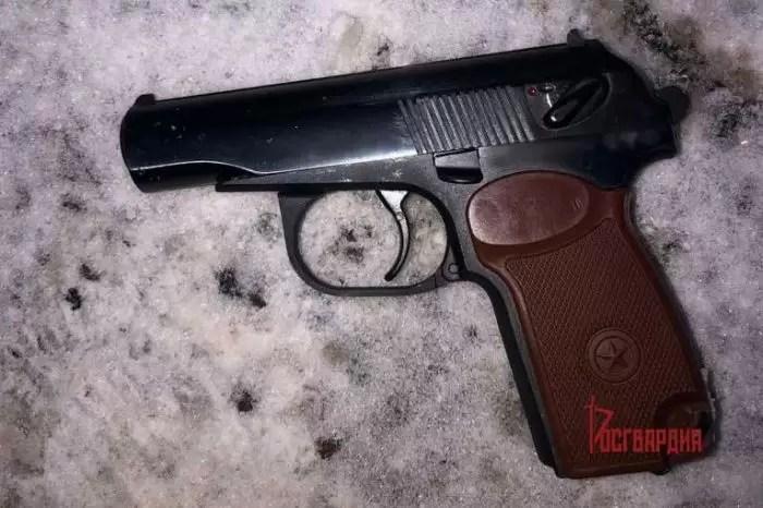 Юганец устроил вооруженное ограбление: ему хотелось получить энергетик