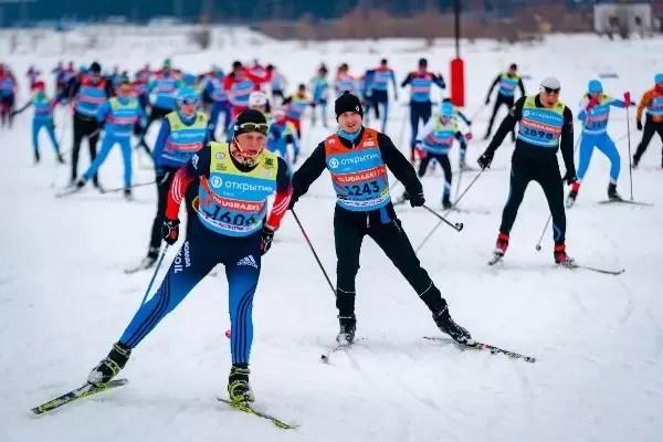 Около 50 нефтеюганцнев приняли участие в международных соревнованиях «Югорский лыжный марафон»
