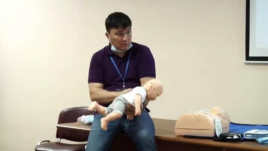 В Нефтеюганске для родителей запустили курсы реанимации