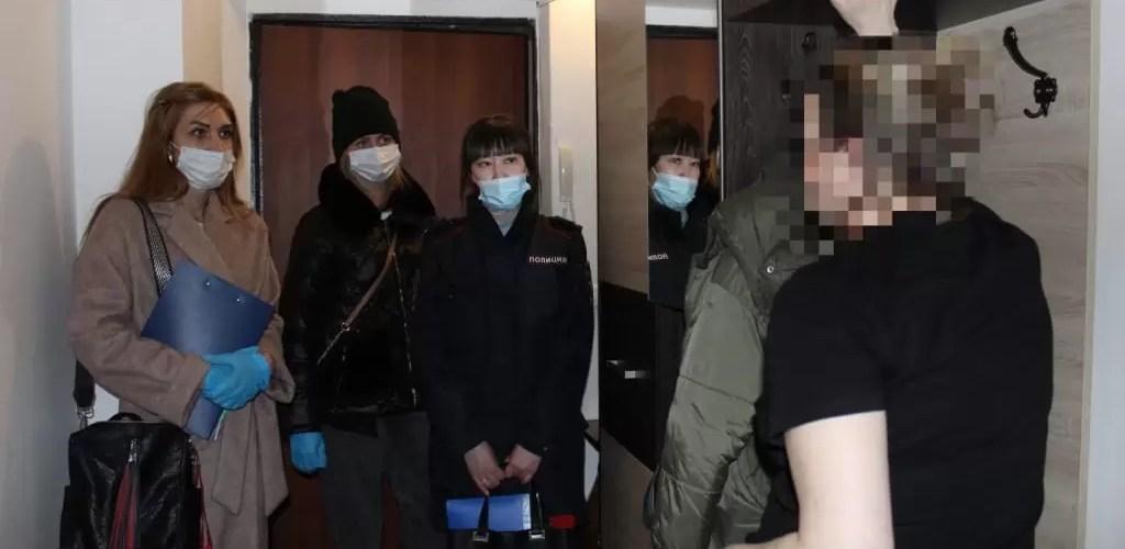 Полицейские Нефтеюганска совместно с представителями субъектов профилактики провели мероприятия с несовершеннолетними и их родителями.