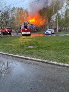 В Нефтеюганске сгорел дом