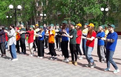 В Нефтеюганске состоялось торжественное открытие трудового сезона «Лето – 2021» для школьников и молодежи.