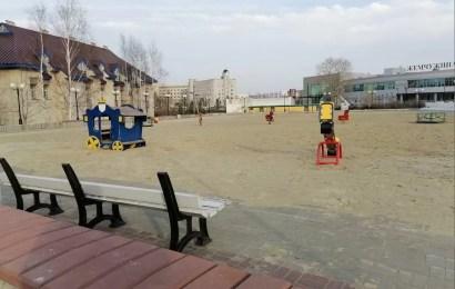В Нефтеюганске почти все малые архитектурные формы (МАФ) на детских площадках подлежат демонтажу, так как они не соответствуют ГОСТу