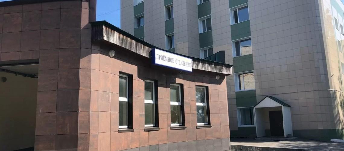 Путин пообещал медикам ввести единый федеральный оклад