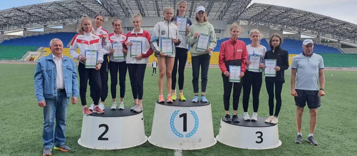 Нефтеюганские легкоатлеты с победой вернулись из Ханты-Мансийска