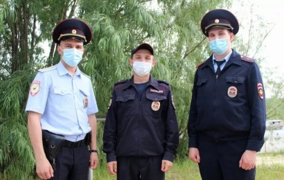 Жительница Нефтеюганска благодарит участковых уполномоченных, которые помогли их пожилой родственнице вернуться домой.