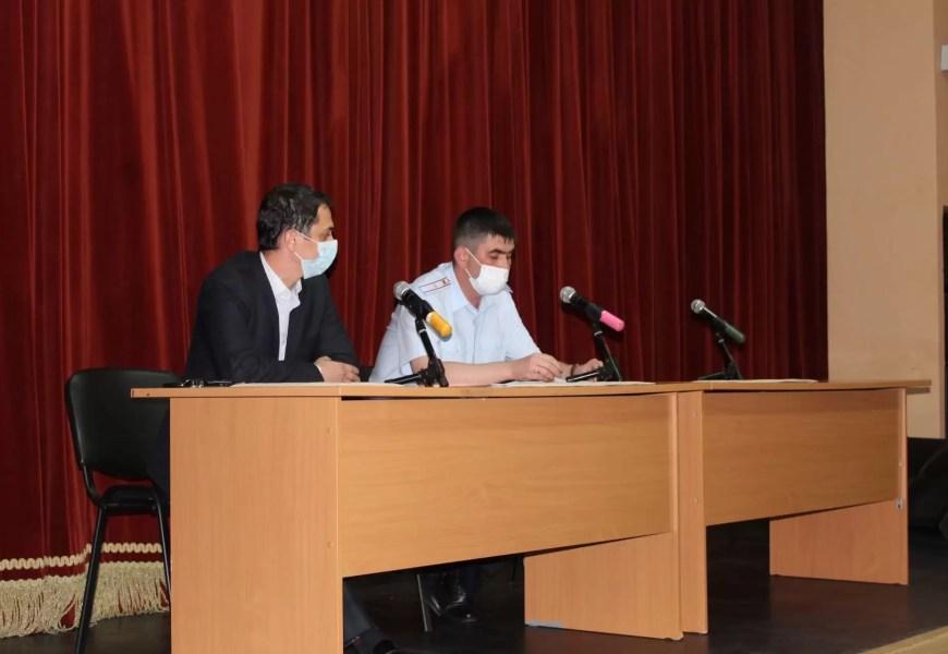 В Нефтеюганске полицейские и представители органов местного самоуправления обсудили совместную работу по информированию населения о том, как обезопасить себя от мошенников.