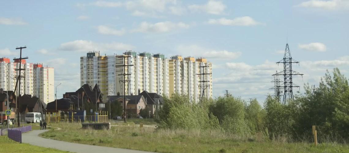 В Нефтеюганске растут цены на жилье из-за монополии застройщика