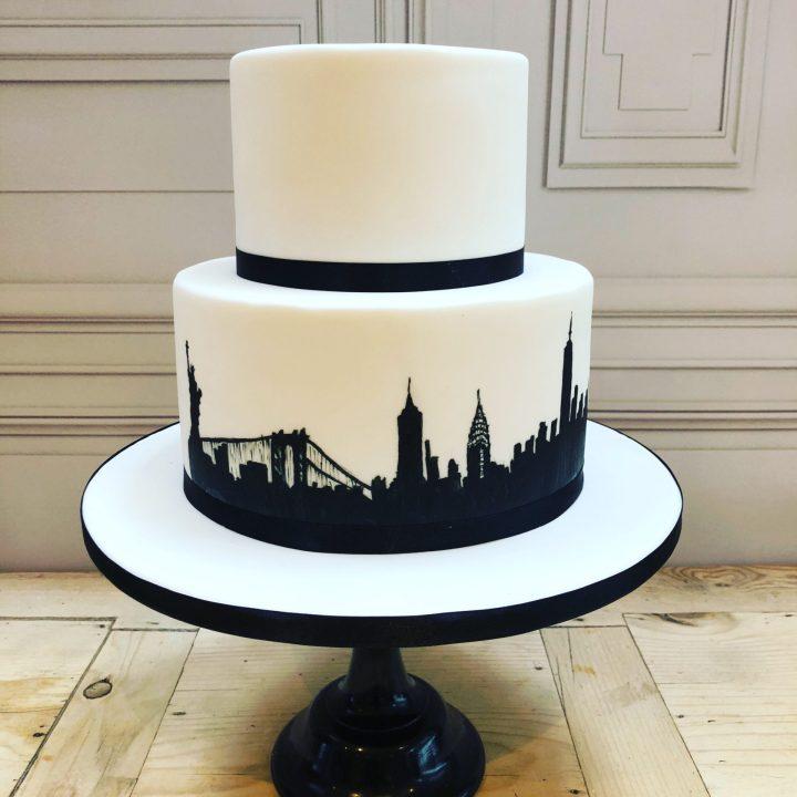 Silhouette New York Skyline Wedding Cake