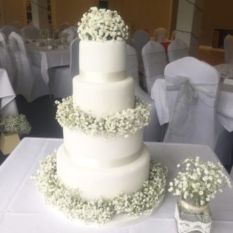 Gypsophelia Wedding Cake