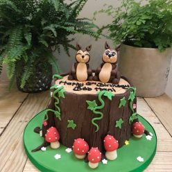 Happy Squirrel Cake