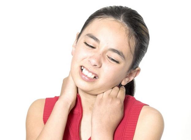 Растяжение связок голеностопного сустава детей. Лечение при растяжении связок голеностопного сустава у детей в домашних условиях. Какую мазь использовать при растяжении связок