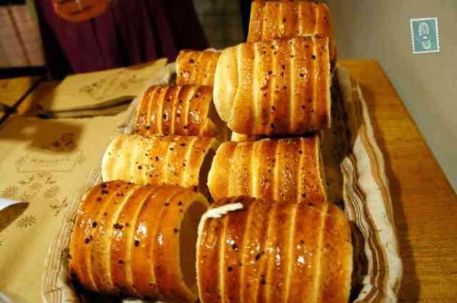 A basket of trdelniks