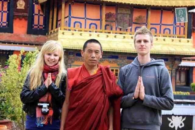 Wspólnie w Tybecie z niezapomnianym mnichem od którego dostaliśmy bransoletki, które nadal nosimy