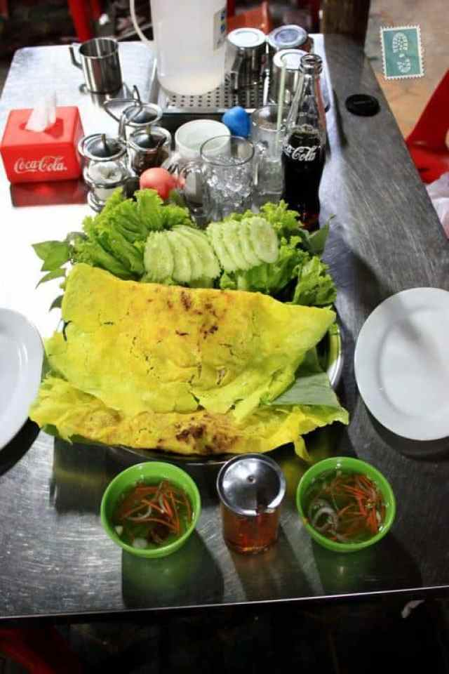 Meat and greenery wrap - Khmer style