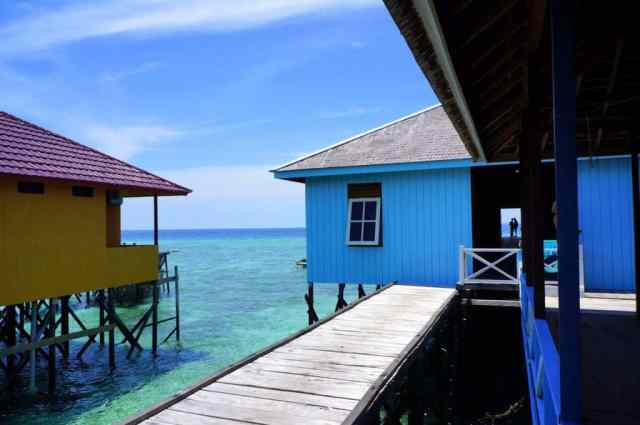Homestay with a beautiful view in Derawan