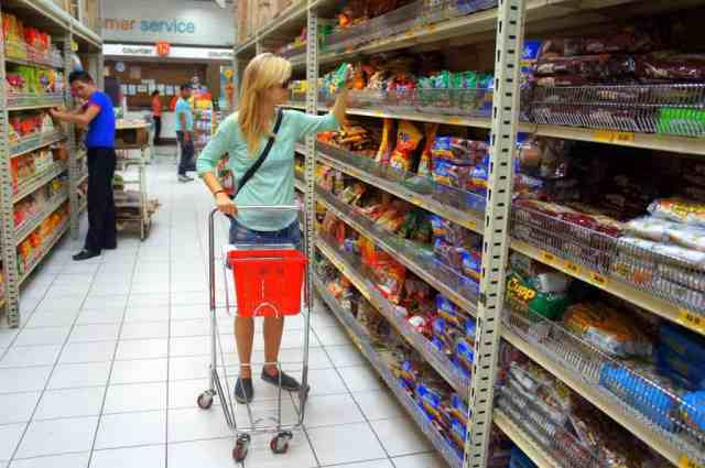 Shopping in a supermarket in the Philippines