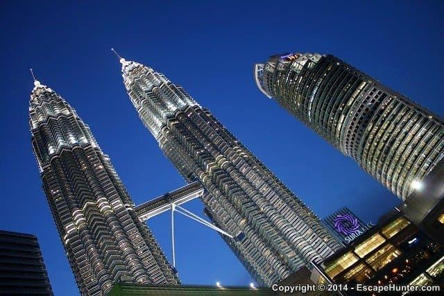 kl-04-petronas-towers