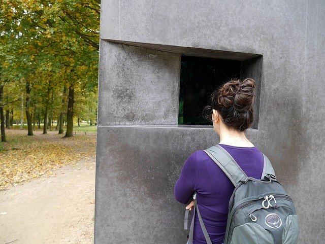 lgbt-memorial-in-berlin