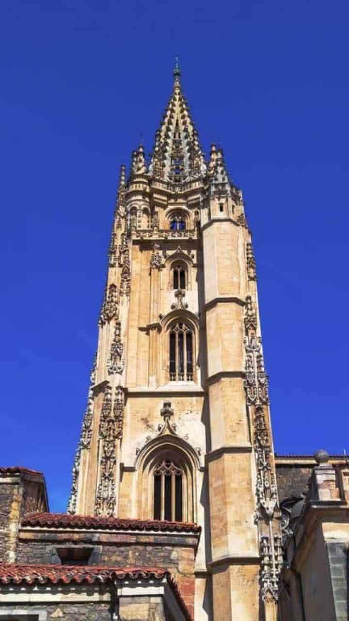 Oviedo church