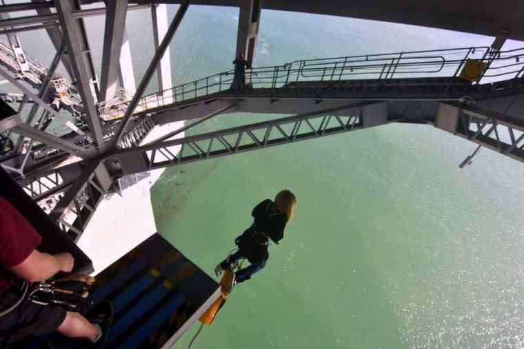 The Auckland bridge jump