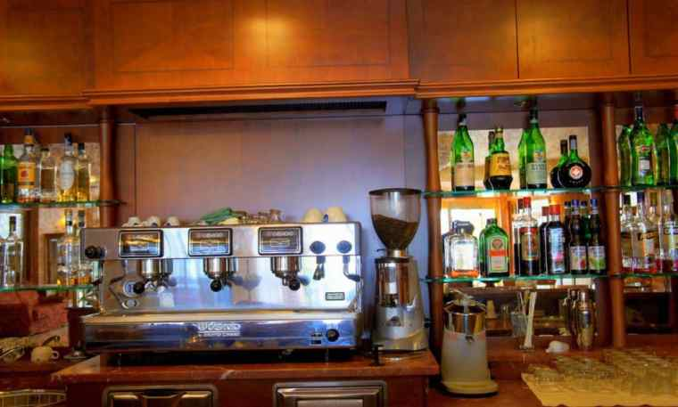 Bar at Hotel Valle Rossa, San Giovanni Rotondo
