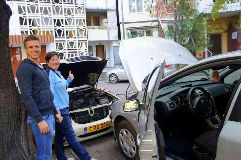 broken car in Chisinau