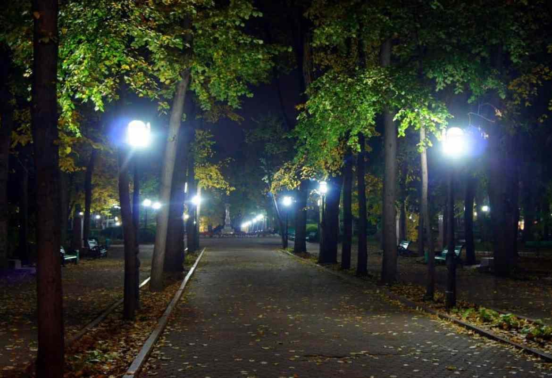 Park at night in Chisinau
