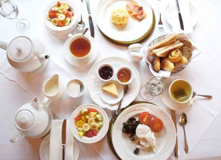 Breakfast at Killeen House Hotel and Rozzers Restaurant