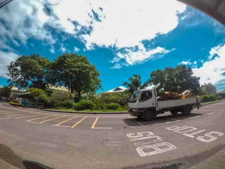 Hitchhiking in Mahe