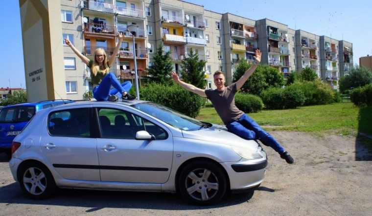 People on the car roof