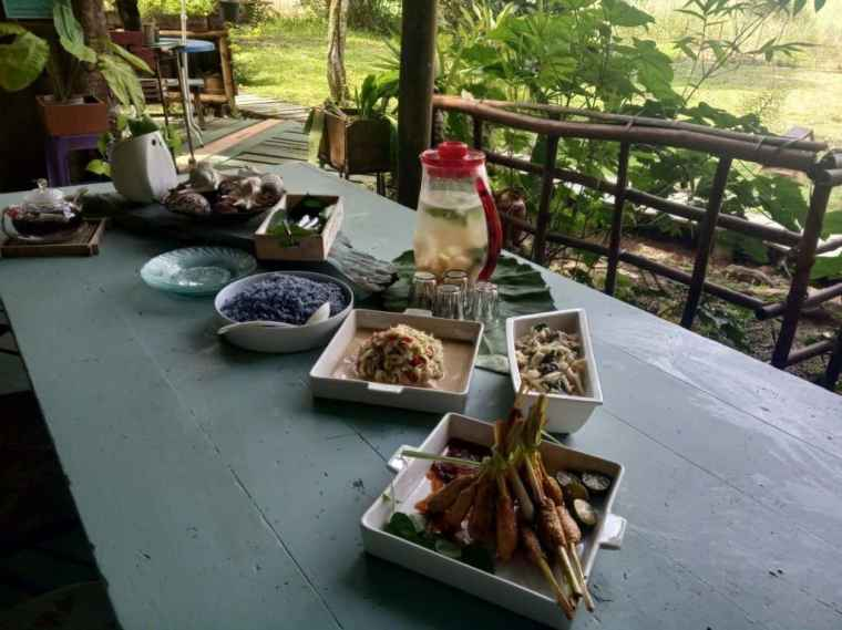 Delicious locally-grown foods in Brunei